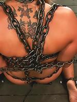 Chain Slut